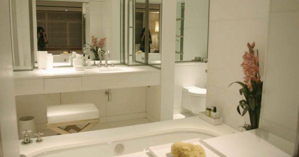 Antalya master bathroom